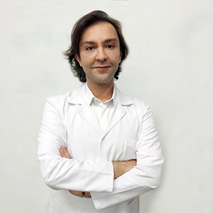 Dr. Berk Cantimur